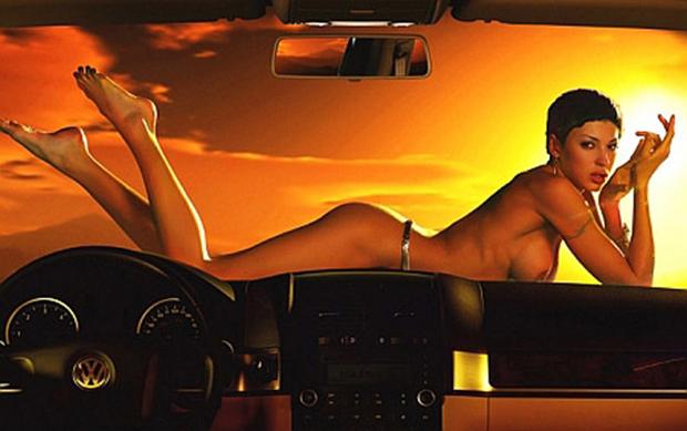 голые девушкпи в рекламе авто фото