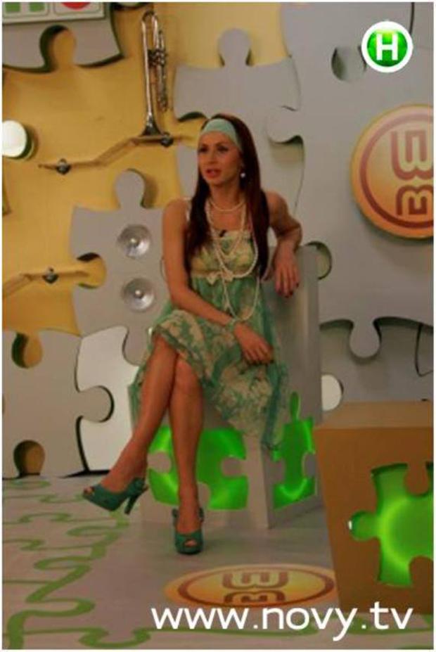 Голая Жозефин Гиллан И Соблазнительная Гимнастка Пикси Ле Нот – Игра Престолов (2011)