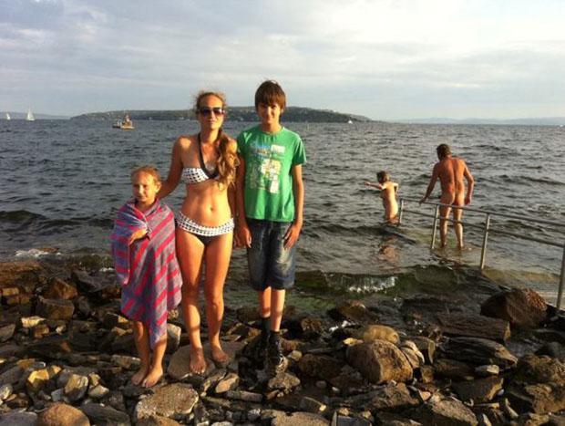 Фото жены голой на море, девки их мокрые киски видео