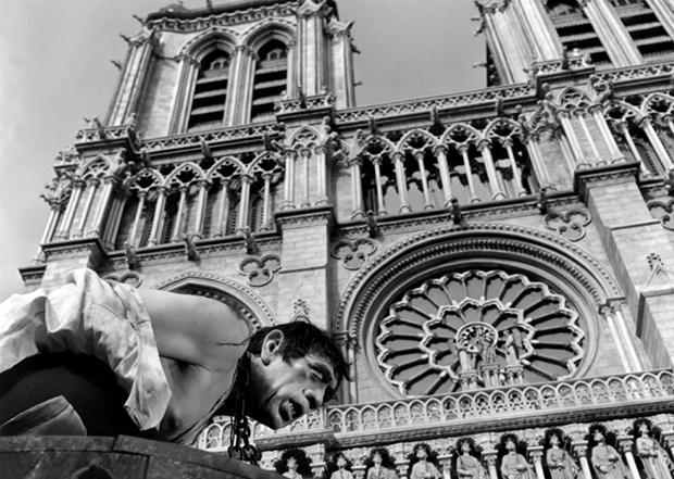 Амели, Disney, Нотр-Дам, собор Парижской Богоматери, Полночь в Париже, Рататуй, Мушкетеры, Горбун из Нотр-Дама, Ван Хельсинг